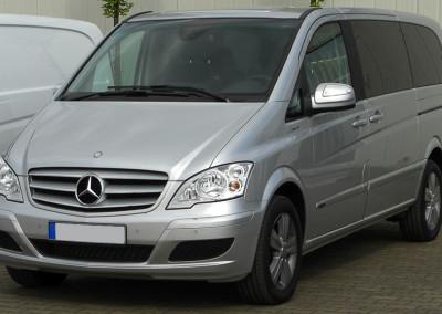 Mercedes-Minivan-viano-1